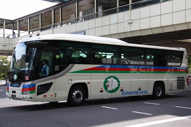 伊豆箱根バス湘南200か1608.1.jpg