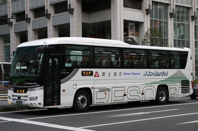 富士急山梨バスF1301.1.jpg