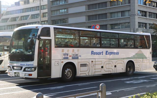 富士急行観光T8030.1.jpg