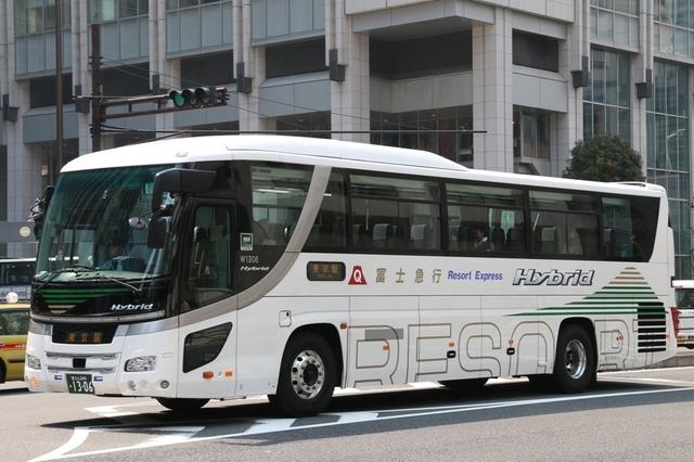 富士急静岡バスW1306.1.jpg