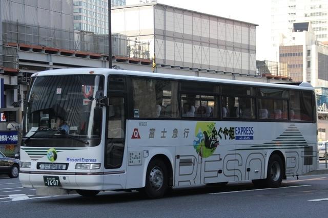 富士急静岡バスW1607.1.jpg