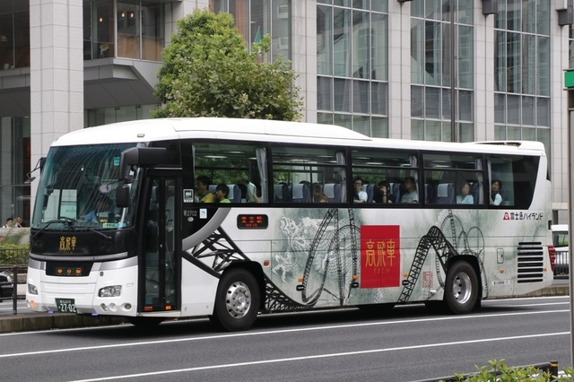 富士急静岡バスW2702.2元山梨.jpg