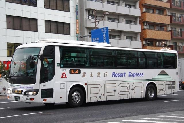 富士急静岡バスW8701.1.jpg