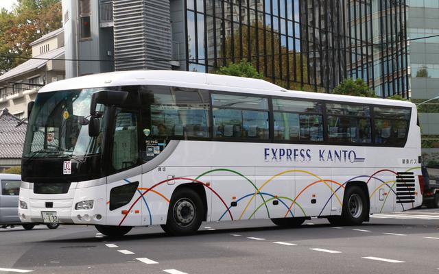 関東バス練馬230あ0132.1.jpg