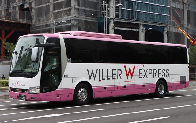 WILLER足立200か3388.1.jpg